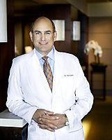 Dr William Portuese